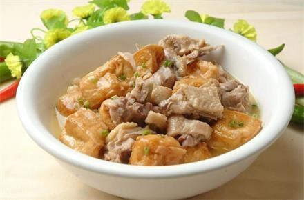 法新油豆腐炖土鸡